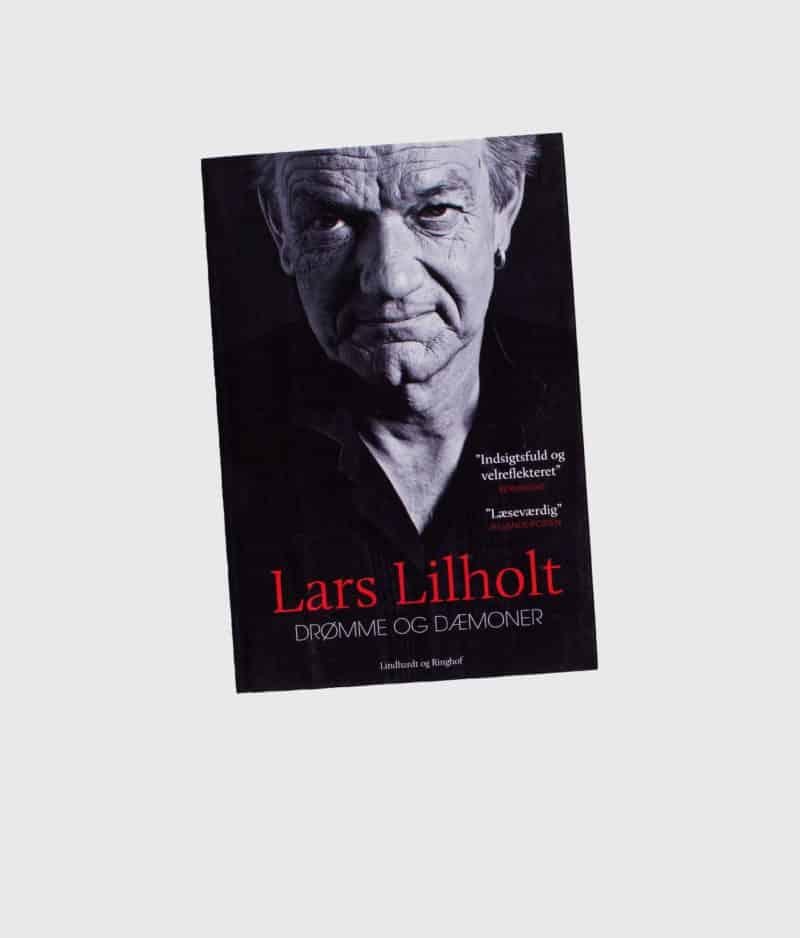 lars-lilholt-drømme-og-dæmoner-paperback-front