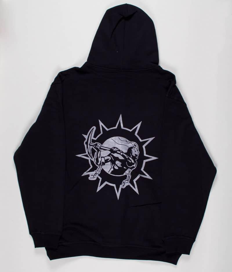 soilwork-silver-logo-hoodie-guys-back