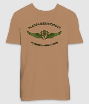 fladskærmskriger-tshirt-camel-350mm-mockup