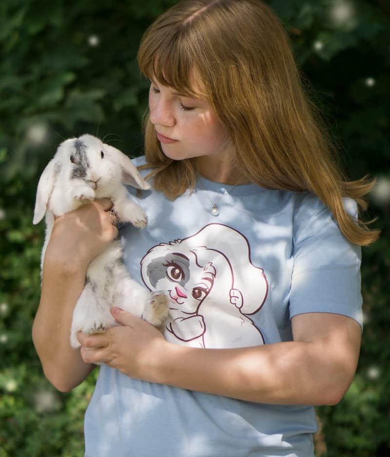 kaytrayne-tshirt-bunny-sky blue-model-2